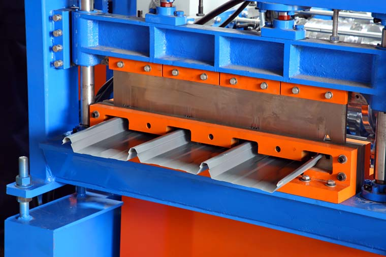 Joint Hidden Roofing Panel Forming Machine